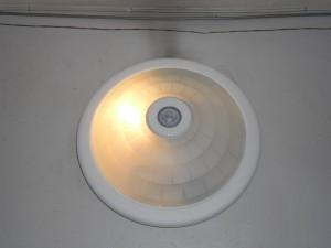 Плафон за стълбищно осветление с датчик