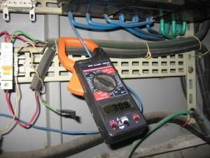 кражба на ток от съседи